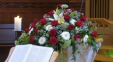 Altar-Arrangement